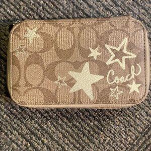 Coach small case! MINT CONDITION!!